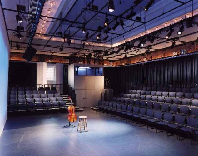 The Berkeley Carroll School - Performance Space
